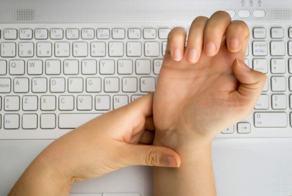 wrist pain from desk work - carpal tunnel