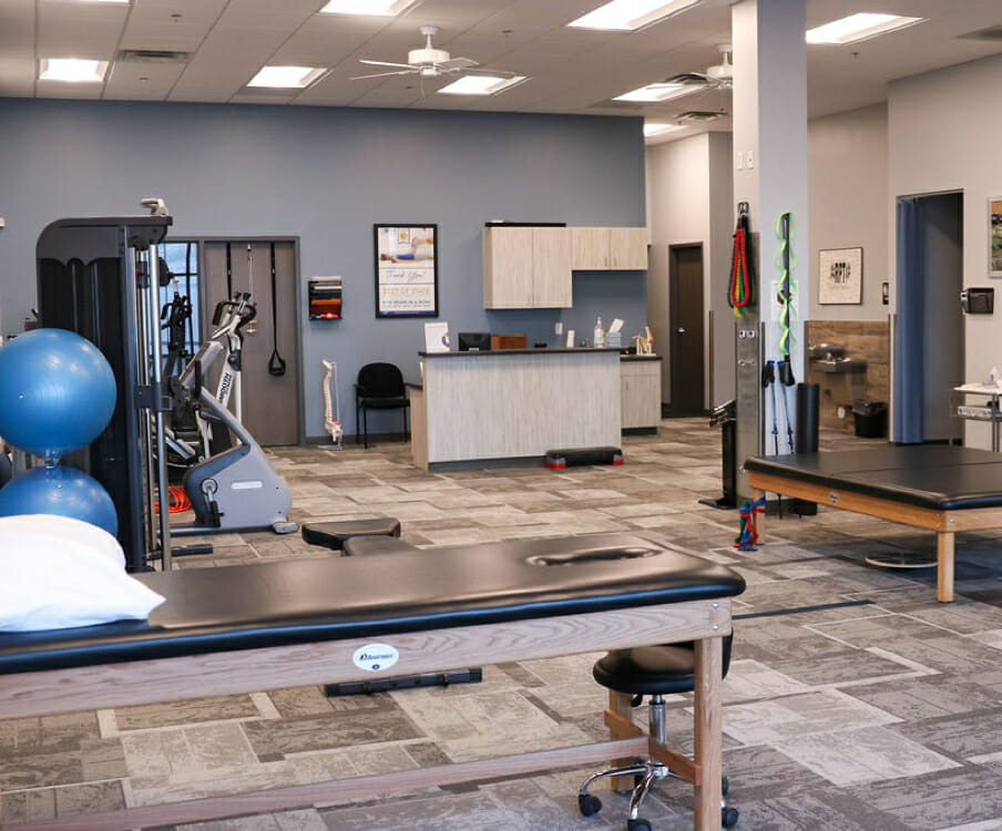 gym equipment at Saratoga Springs physical therapy office